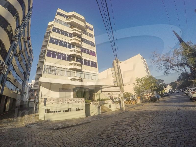 centro - sala comercial   35,53 metros   hoje funcionando como  consultório  dentário, sala pode ser vendida com ou sem equipamento,  sendo  negociados a parte edifício  localizado á rua getúlio varg