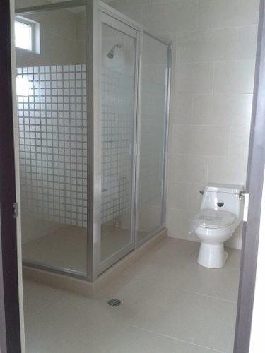 centro sur, 3 recámaras, 3.5 baños, despacho, cto servicio