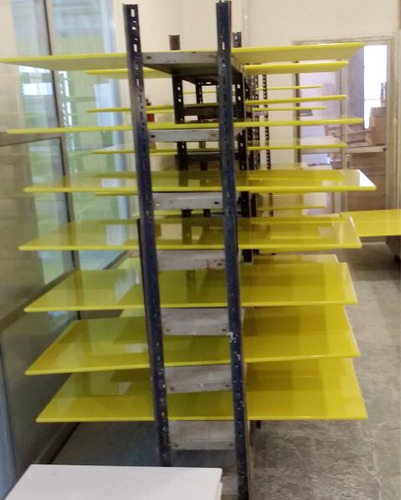 centro taller calogero - lustre y laqueado poliuretano