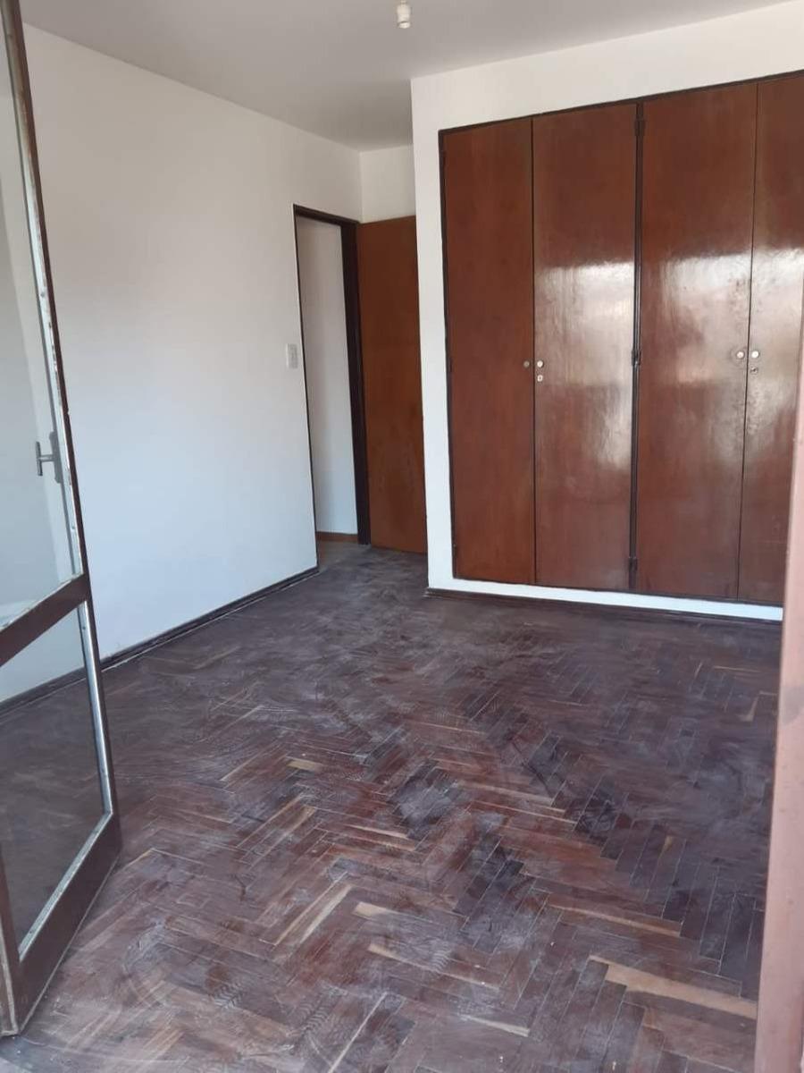 centro, vendo departamento 1 dormitorio, 2 balcones