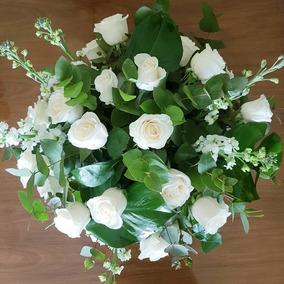 Centros De Mesa De Flores Naturalesramosarreglos Florales