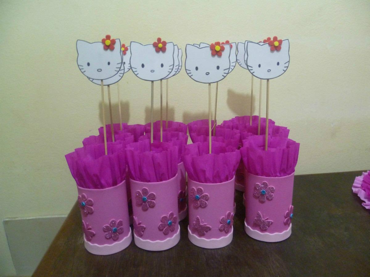 Centros de mesa infantiles kitty timkerbell ben 10 pocoyo for Mesas infantiles precios