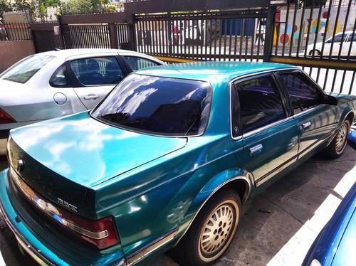 century  buick  1995 sedan