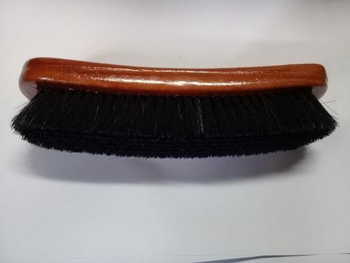 cepillo de cerda para lustrar zapatos