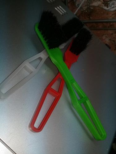 cepillo de cerdas mango para zapatos de cuero por 12 unidades