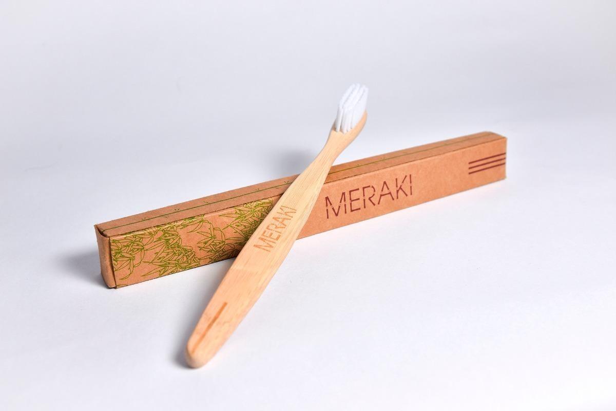 cepillo de dientes ecológico de bambú medium meraki en caja. Cargando zoom. db617d488045