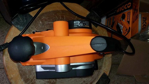 cepillo eléctrico 900w marca ingco