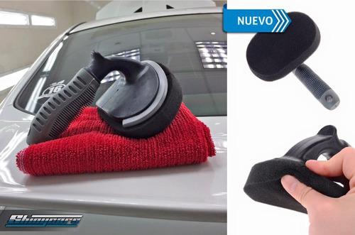 cepillo especial para revivido  acondicionador de neumáticos