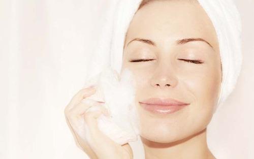 cepillo exfoliante para limpieza facial cuerpo torno peeling