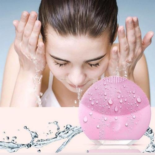 cepillo facial poros 4x1 silicona recargable usb ducha