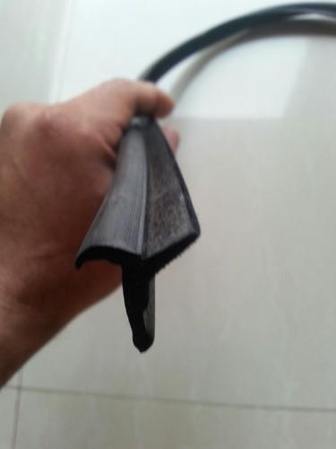 cepillo lamevidrio externo toyota macho machito 4.5 02-09