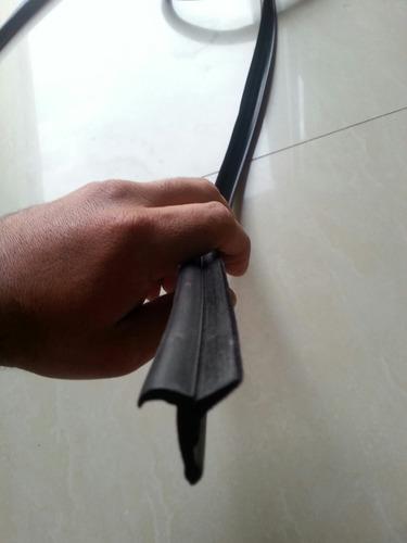 cepillo lamevidrio universal toyota macho machito 4.5