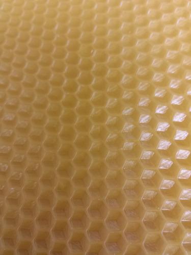 cera estampada de abeja
