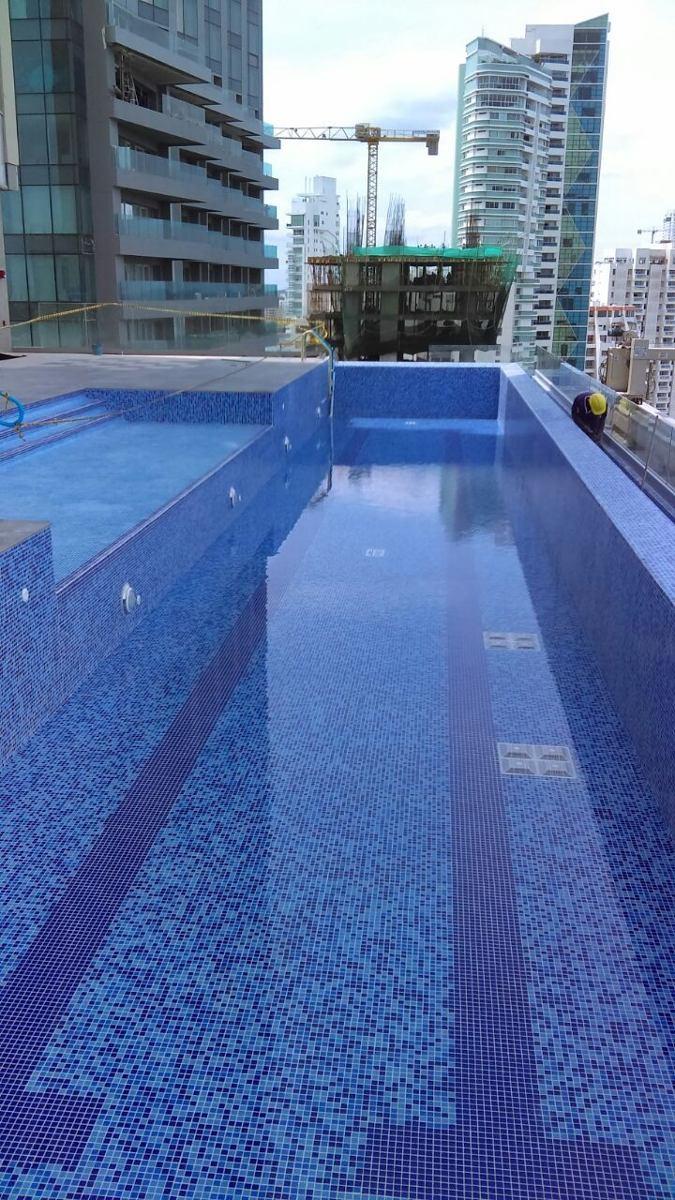 Cer mica mosaico enchape para piscinas m2 en for Cuanto sale construir una piscina