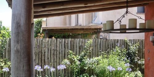 cercos de palos, postes, empalizada de madera