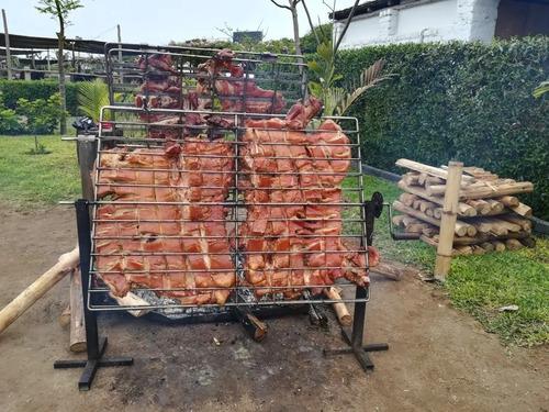 cerdo al palo