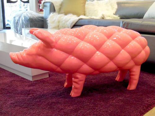 cerdo rosado decorativo umberto capozzi