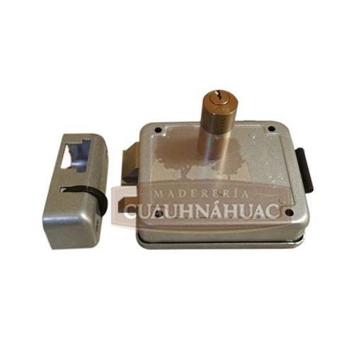 Cerradura electrica italiana derecha con boton lock l7730d - Precio cerradura electrica ...