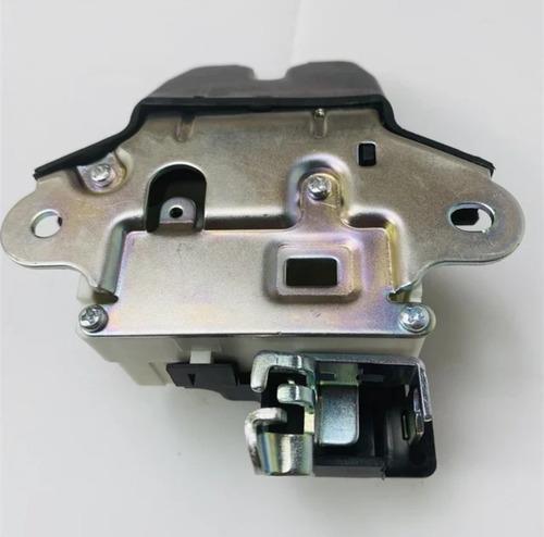 cerradura maletero mecánico kia rio 2012 - 2017