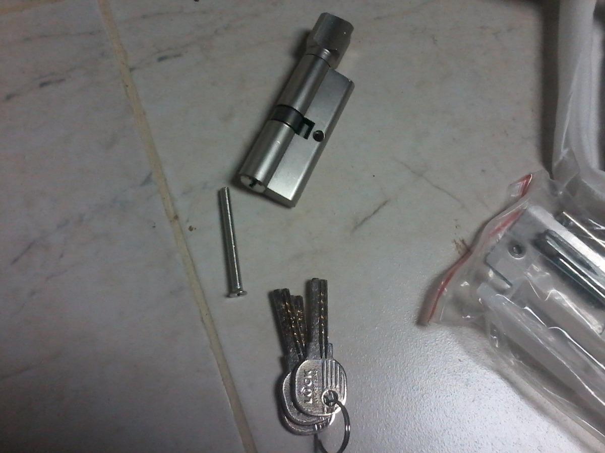 Cerradura para puerta entamborada en acero inoxidable bs for Puerta entamborada