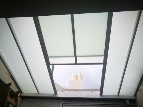 cerramiento de balcón y techos.