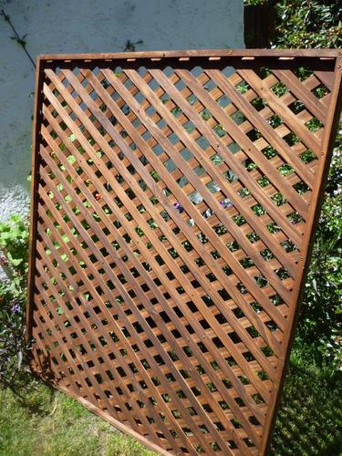 Cerramientos cercas cercos perimetrales madera treillage for Cercados jardin