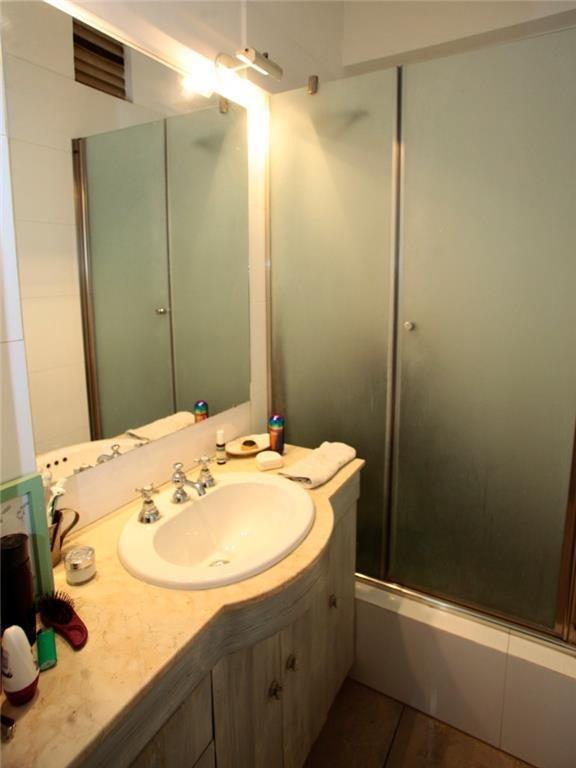 cerrito 1200 5-a - recoleta - departamentos 3 dormitor. - venta