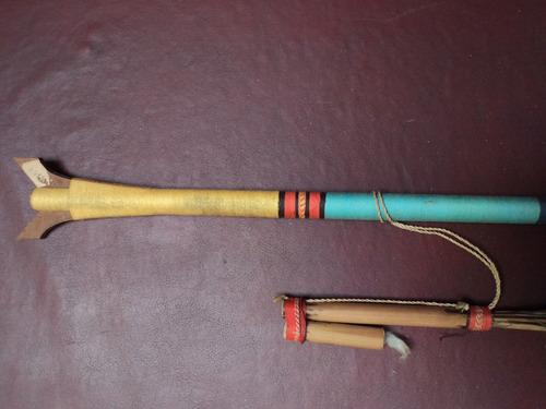cervatana colombiana con dardos. original, muy particular