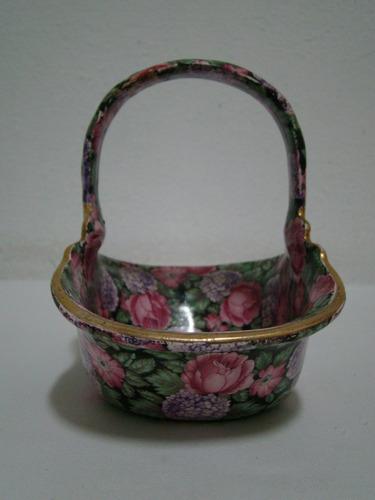 cesta enfeite em louça mauá c/ detalhes em ouro década de 50