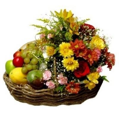 cestas de presente - café da manhã - flores e frutas