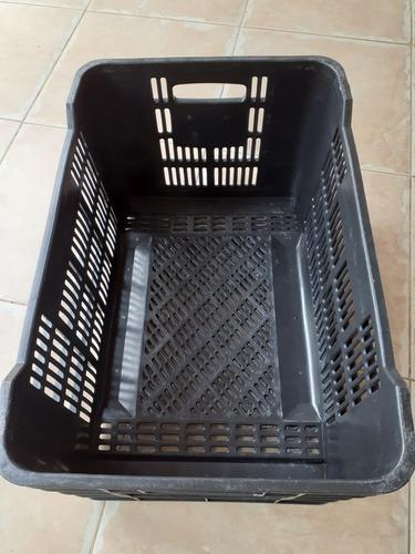 cestas plásticas