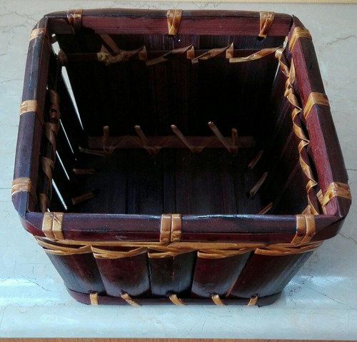 cesto gran variedad de uso 15x15x9cm, fino, origen tailandia