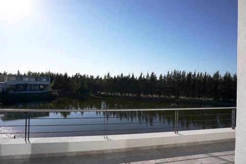 cfs. casa al lago, 3 dormitorios con dependencia en los lagos, nordelta