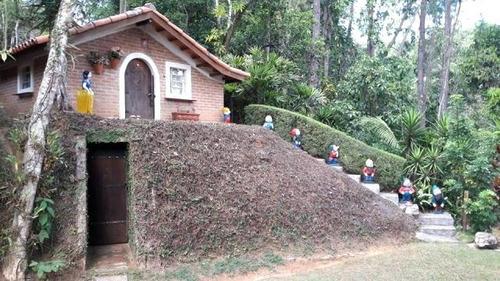 ch-3183 chácara espetacular próxima do centro - guararema - sp - 2011