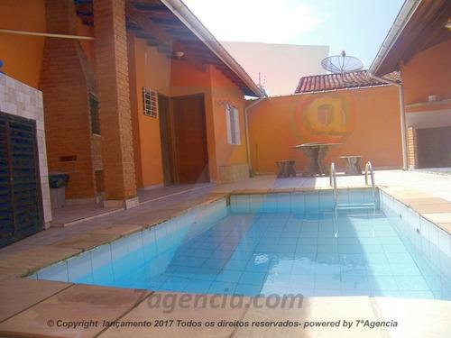 ch09 sobrado com 4 quartos,  edicula piscina e churrasqueira