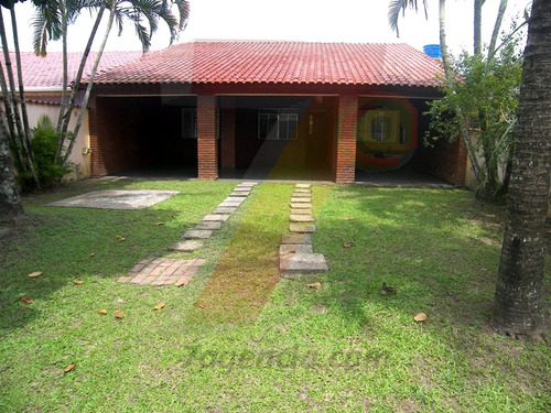 ch35 casa isolada 3 quartos churrasqueira quintal grande