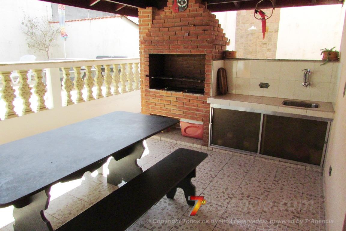 ch93 sobrado c/ piscina 3 quartos churrasqueira local nobre