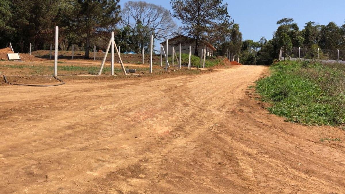 chacara 1000 m2 portaria 300 mtrs do asfalto 100% plano j