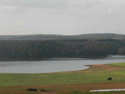 chácara 1200m² próximo a represa