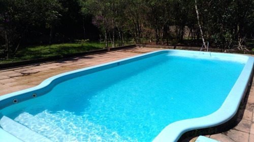 chácara 1600 metros da rodovia com piscina, ref. 0741 m h