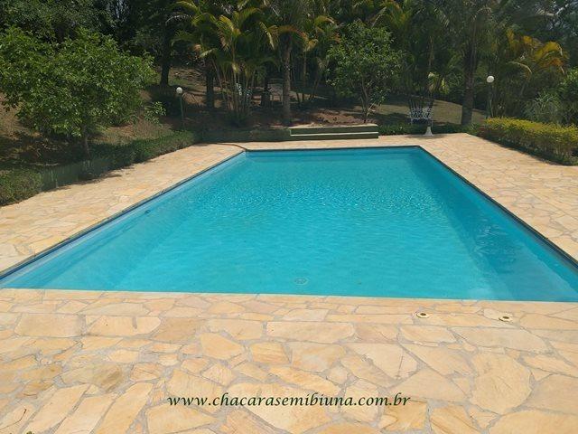 chácara - 2425 - belíssimo sítio com 16.500 m²! lindo lago!