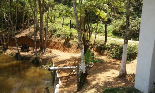chácara 9.000 m² lago repleto de peixes piscina