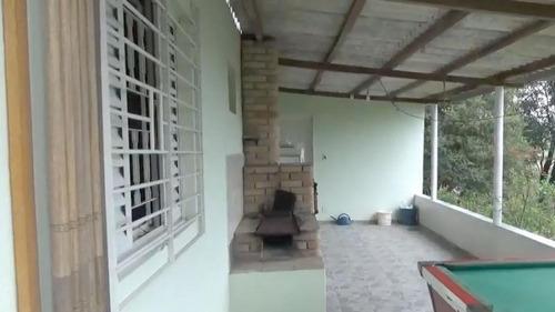 chácara área total 4.250m² chácara casa com 02 dormitórios.