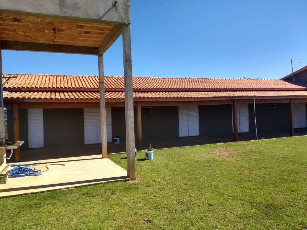chácara área total de 1.000 m², com vista panorâmica.
