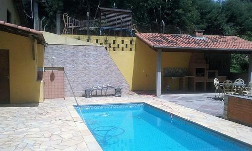 chácara casa sede 06 dormitórios sendo 01 suíte- 2.500 m²