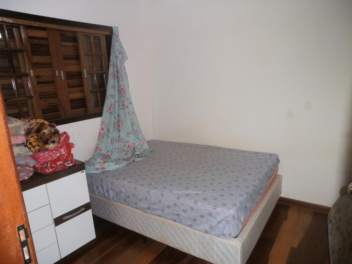 chácara com 03 dormitórios sendo uma suíte-mairinque.