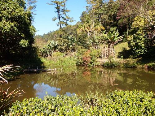 chácara com 16.000 m² 2 lagos área toda gramada