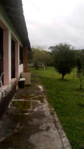 chácara com 2 dormitórios, possui lago! ref 4355-p