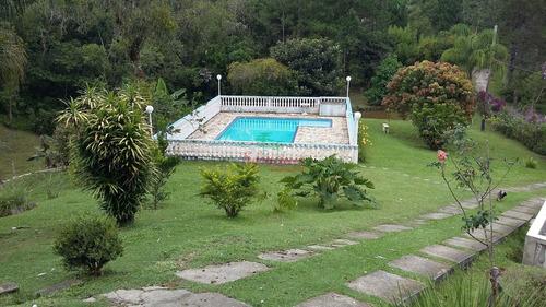 chácara com 2 lagos e piscina em juquitiba
