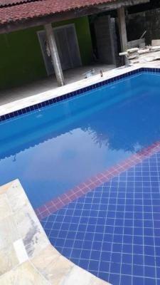 chácara com 2 quartos e piscina no parque vergara, itanhaém!